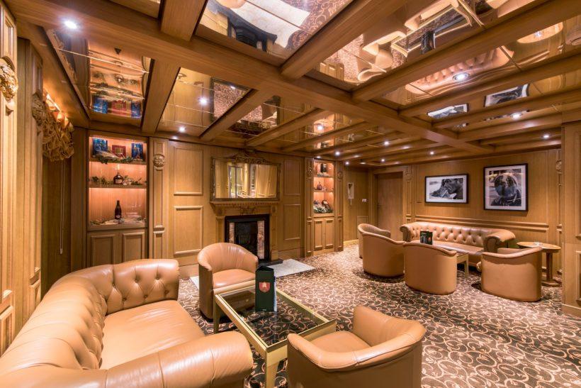 MSC Sinfonia, Ambassador Cigar room