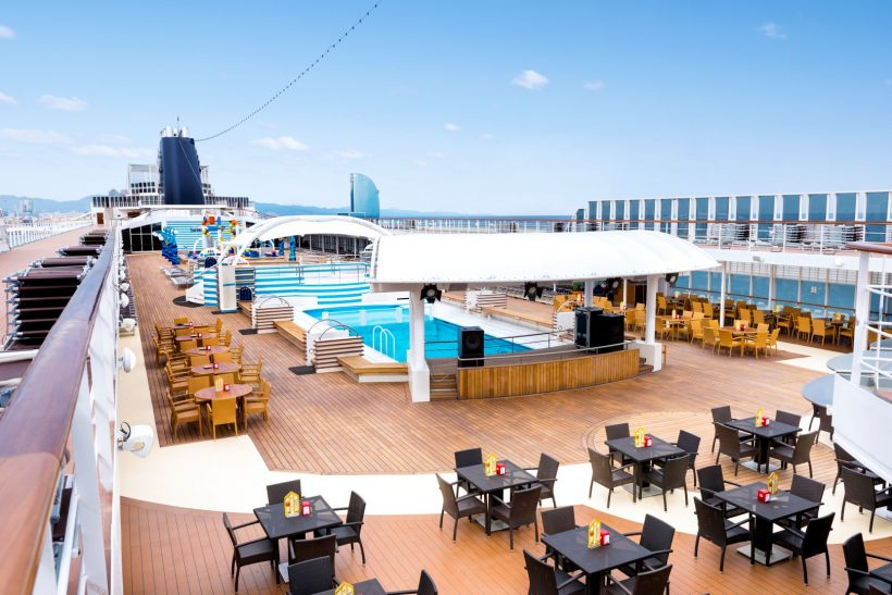 MSC Sinfonia, Le Piscine pool area and Doremi Spray Park